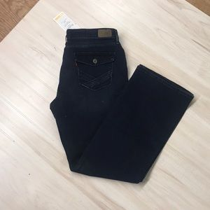 Levi's boot cut jeans size 16! NWT!